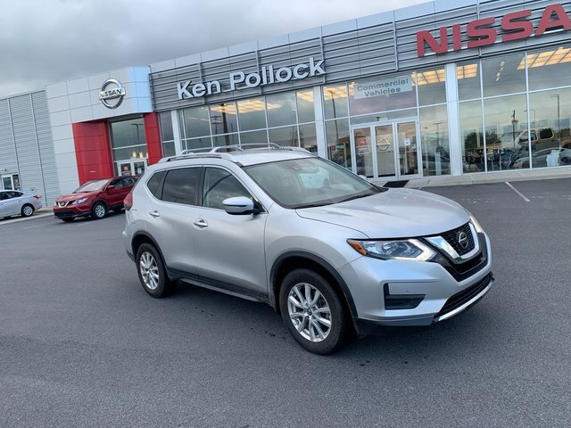 2020 Brilliant Silver Metallic Nissan Rogue SV Automatic (CVT) 2.5L I4 DOHC 16V Engine 4 Door