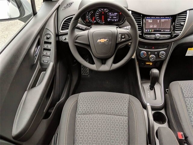 2020 Chevrolet Trax LS SUV ECOTEC 1.4L I4 SMPI DOHC Turbocharged VVT Engine 4 Door Automatic FWD