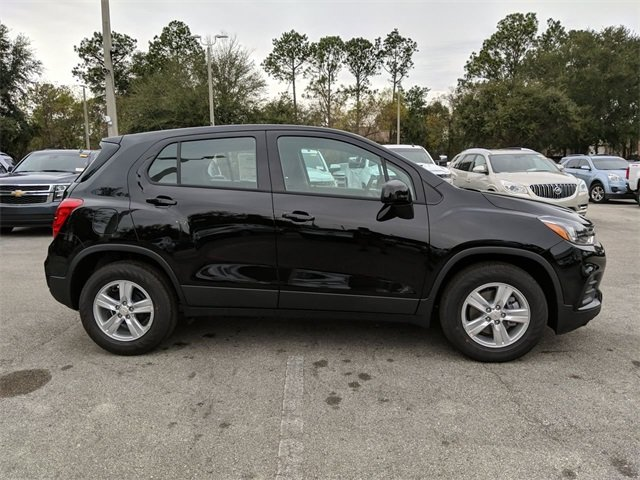 2020 Black Chevrolet Trax LS Automatic SUV FWD 4 Door ECOTEC 1.4L I4 SMPI DOHC Turbocharged VVT Engine