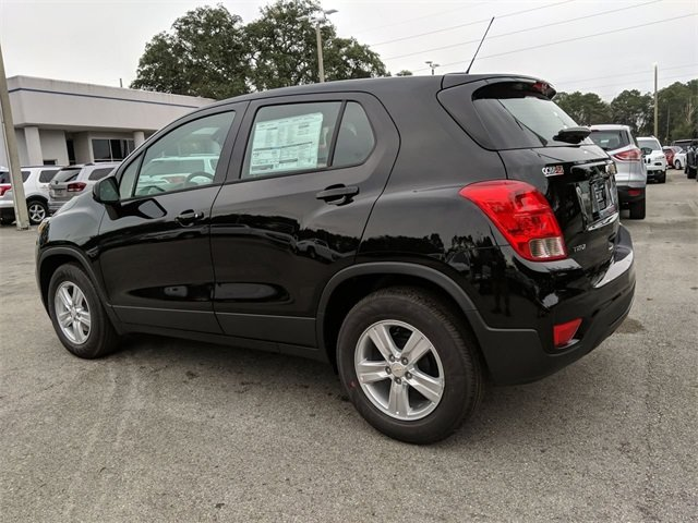 2020 Chevrolet Trax LS SUV 4 Door Automatic ECOTEC 1.4L I4 SMPI DOHC Turbocharged VVT Engine FWD