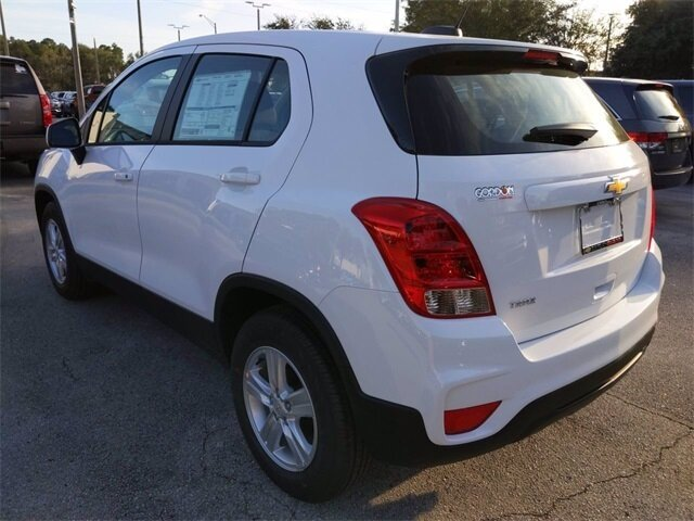 2020 Summit White Chevrolet Trax LS 4 Door Automatic ECOTEC 1.4L I4 SMPI DOHC Turbocharged VVT Engine SUV
