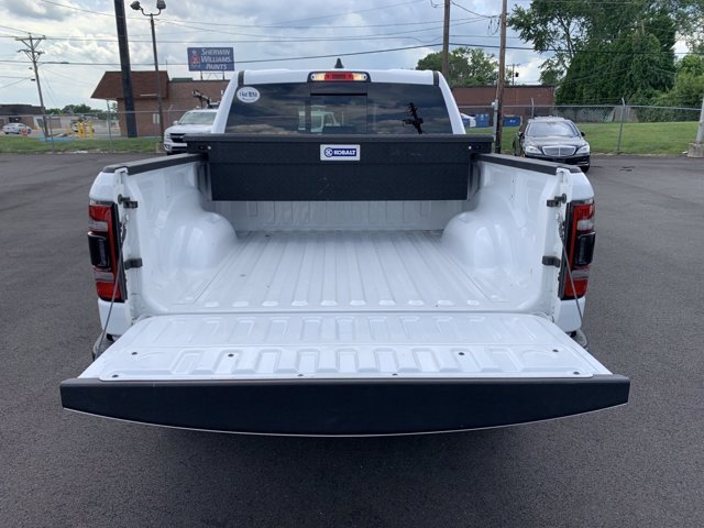 2019 Bright White Clearcoat Ram 1500 Rebel Automatic Regular Unleaded V-8 5.7 L/345 Engine 4 Door