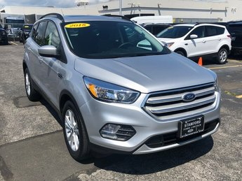 2018 Ingot Silver Metallic Ford Escape SE 4 Door EcoBoost 1.5L I4 GTDi DOHC Turbocharged VCT Engine SUV 4X4