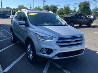 2017 Ford Escape Titanium EcoBoost 1.5L I4 GTDi DOHC Turbocharged VCT Engine 4X4 SUV 4 Door