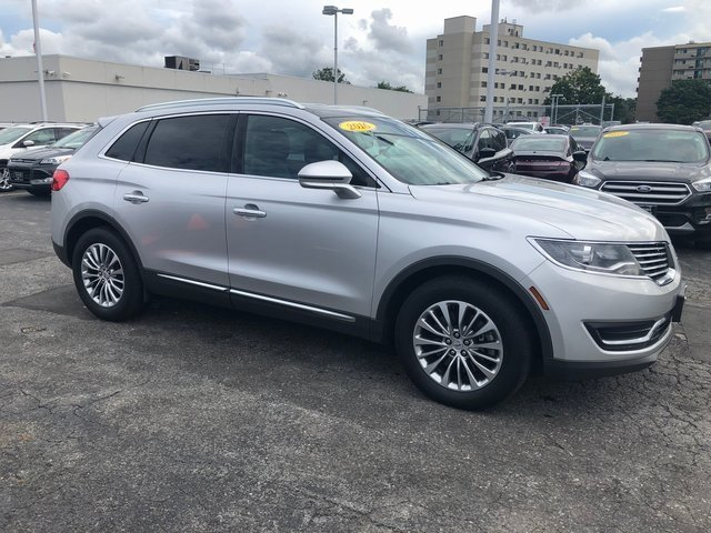 2016 Ingot Silver Metallic Lincoln MKX Select Automatic 4 Door SUV