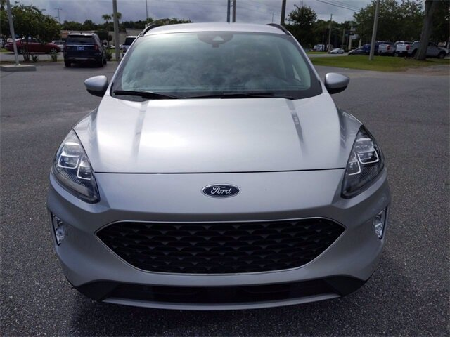 2020 Ingot Silver Metallic Ford Escape Titanium Hybrid Automatic (CVT) FWD 4 Door SUV