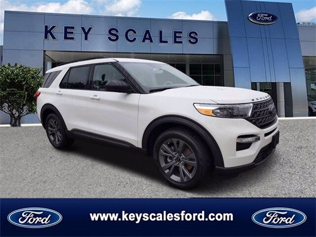 2021 White Ford Explorer XLT EcoBoost 2.3L I4 GTDi DOHC Turbocharged VCT Engine SUV RWD