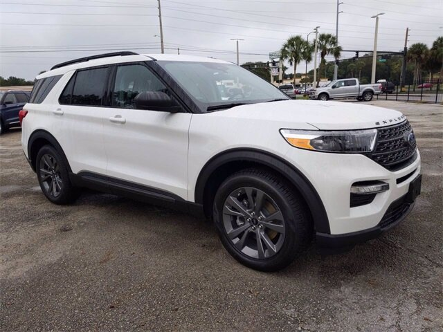 2021 White Ford Explorer XLT Automatic SUV EcoBoost 2.3L I4 GTDi DOHC Turbocharged VCT Engine RWD