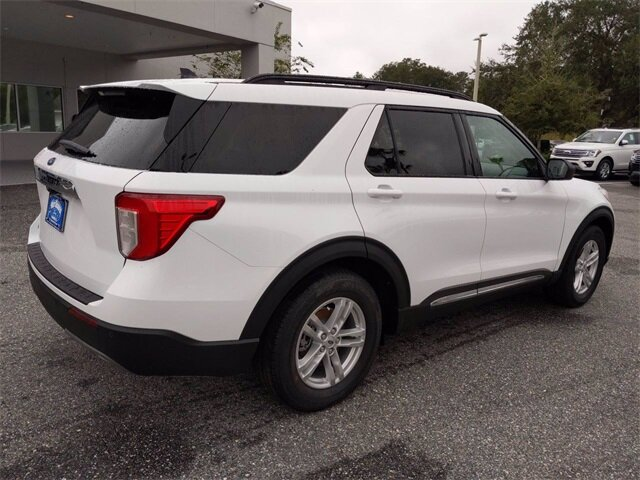 2021 Oxford White Ford Explorer XLT RWD 4 Door EcoBoost 2.3L I4 GTDi DOHC Turbocharged VCT Engine Automatic SUV