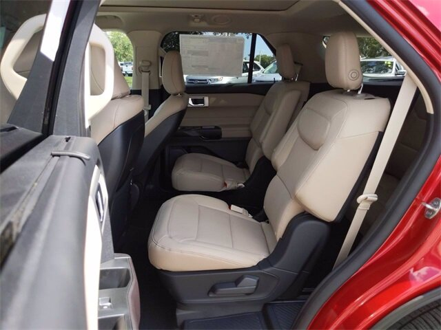 2020 Rapid Red Metallic Tinted Clearcoat Ford Explorer Limited Automatic SUV 4 Door