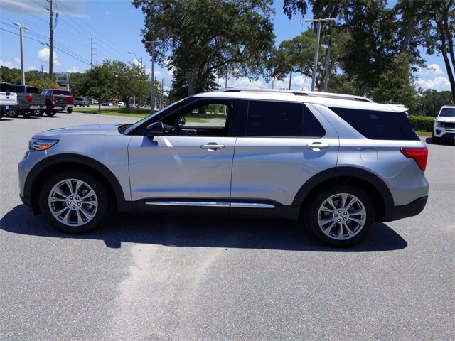 2020 Iconic Silver Metallic Ford Explorer Limited SUV EcoBoost 2.3L I4 GTDi DOHC Turbocharged VCT Engine Automatic 4 Door RWD