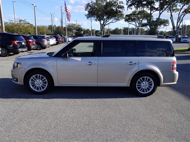 2017 White Gold Metallic Ford Flex SEL Automatic 3.5L V6 Ti-VCT Engine 4 Door