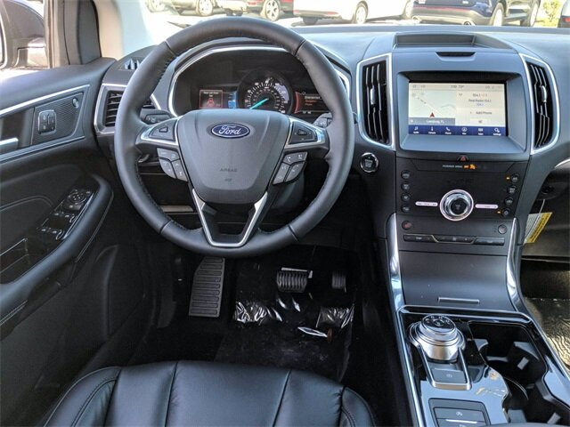 2020 Magnetic Metallic Ford Edge Titanium SUV EcoBoost 2.0L I4 GTDi DOHC Turbocharged VCT Engine Automatic 4 Door