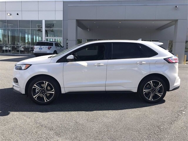 2019 White Platinum Metallic Tri-Coat Ford Edge ST 4 Door Automatic Twin Turbo Premium Unleaded V-6 2.7 L/166 Engine AWD
