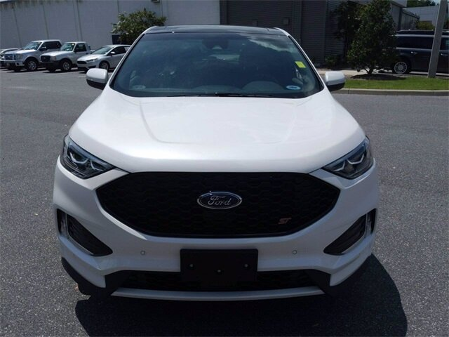 2019 White Platinum Metallic Tri-Coat Ford Edge ST AWD 2.7L V6 Engine 4 Door SUV