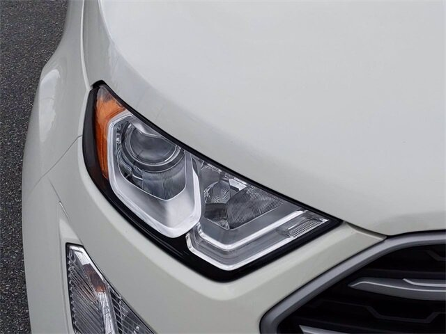 2020 Diamond White Ford EcoSport SE 4 Door FWD SUV EcoBoost 1.0L I3 GTDi DOHC Turbocharged VCT Engine Automatic