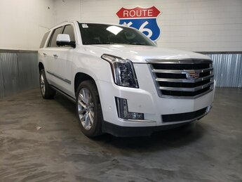2017 Crystal White Tricoat Cadillac Escalade Premium Luxury 4 Door 4X4 Automatic 6.2L Variable Valve Timing V8 SIDI Engine SUV