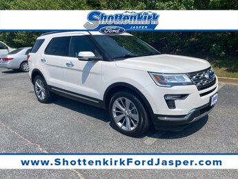 2018 White Platinum Metallic Tri-Coat Ford Explorer Limited 4X4 3.5L V6 Ti-VCT Engine 4 Door Automatic