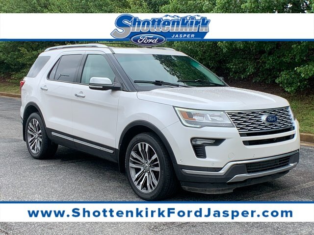 2019 White Platinum Metallic Tri-Coat Ford Explorer Platinum SUV 3.5L V6 Engine 4X4 4 Door