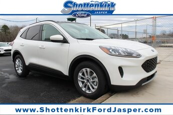 2021 Star White Metallic Tri-Coat Ford Escape SE Automatic AWD 1.5L EcoBoost Engine