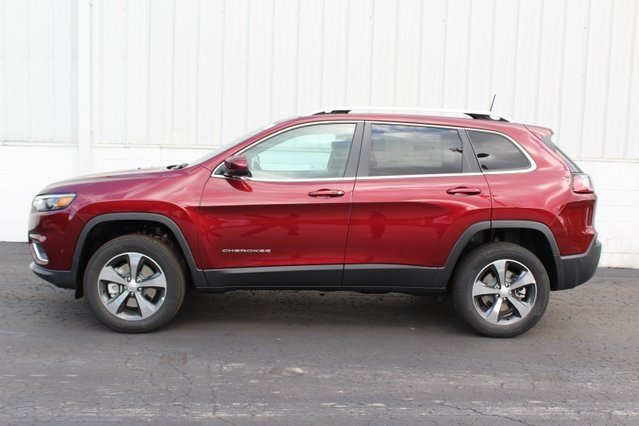 2019 Velvet Red Pearlcoat Jeep Cherokee Limited 4X4 Automatic SUV