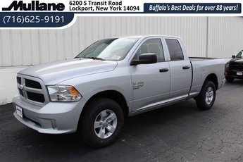 2019 Bright Silver Clearcoat Metallic Ram 1500 Express 4X4 4 Door Automatic Truck 3.6L 6-Cylinder Flex Fuel Engine