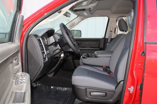 2019 Flame Red Clearcoat Ram 1500 Express 4X4 4 Door Truck 3.6L 6-Cylinder Flex Fuel Engine