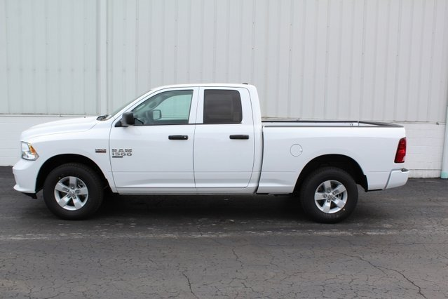 2019 Bright White Clearcoat Ram 1500 Express 4X4 Automatic 4 Door