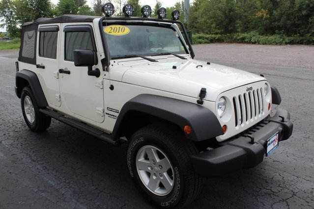 2010 Stone White Jeep Wrangler Sport 4 Door Automatic 4X4 SUV 3.8L V6 SMPI Engine