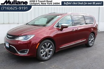 2019 Chrysler Pacifica Limited FWD Van Automatic 4 Door