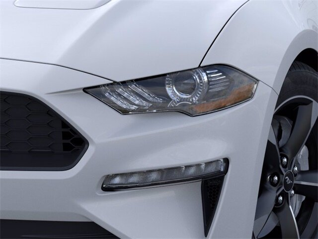 2021 Oxford White Ford Mustang EcoBoost EcoBoost 2.3L I4 GTDi DOHC Turbocharged VCT Engine Car Automatic
