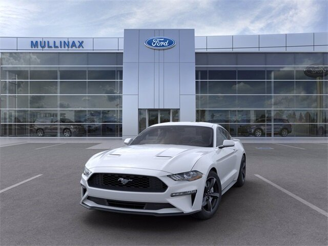 2021 Oxford White Ford Mustang EcoBoost 2 Door Automatic EcoBoost 2.3L I4 GTDi DOHC Turbocharged VCT Engine