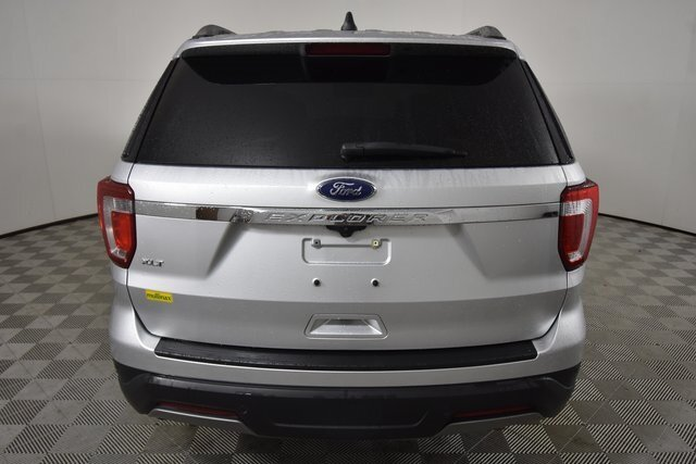 2019 Ingot Silver Metallic Ford Explorer XLT 3.5L V6 Ti-VCT Engine Automatic 4 Door SUV
