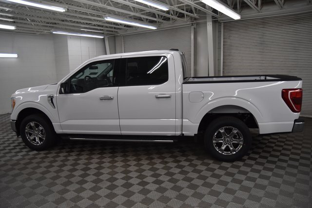 2021 OXFORD WHITE Ford F-150 XLT RWD 3.3L V6 Engine Automatic 4 Door