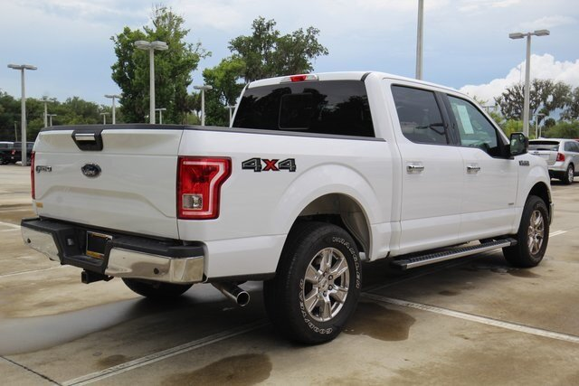 2017 Oxford White Ford F-150 XLT Truck 2.7L V6 EcoBoost Engine 4 Door Automatic