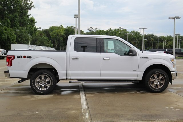 2017 Ford F-150 XLT 4 Door 2.7L V6 EcoBoost Engine 4X4 Automatic