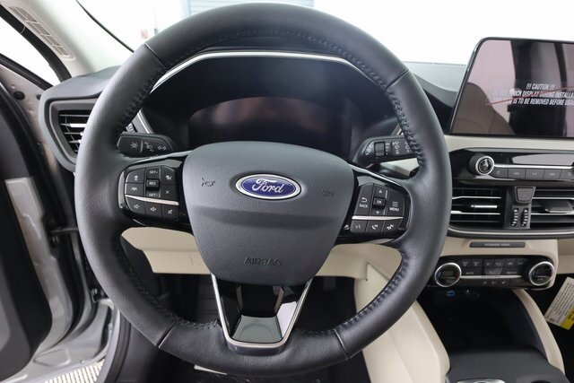 2021 Iconic Silver Metallic Ford Escape SEL FWD 4 Door Automatic