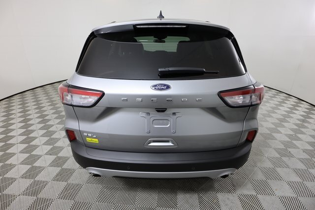 2021 Iconic Silver Metallic Ford Escape SEL 4 Door 1.5L EcoBoost Engine SUV
