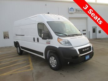 2019 Bright White Clearcoat Ram ProMaster 2500 High Roof Automatic 3.6L 6-Cylinder Engine FWD