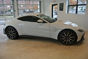 2020 Lunar White Aston Martin Vantage Base RWD Coupe 2 Door V8 Engine Automatic