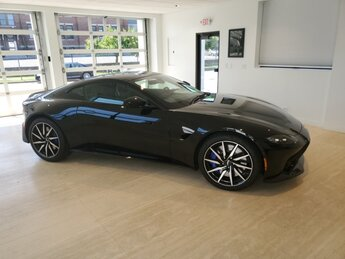 2019 Jet Black Aston Martin Vantage 2 Door V8 Engine Automatic Coupe RWD