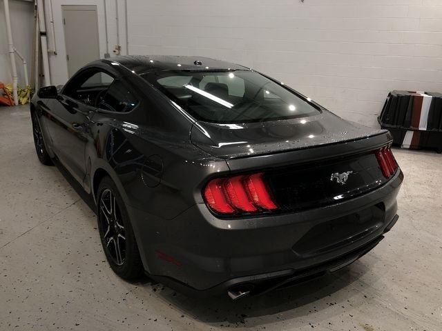 2019 Ford Mustang EcoBoost Automatic EcoBoost 2.3L I4 GTDi DOHC Turbocharged VCT Engine Coupe RWD 2 Door