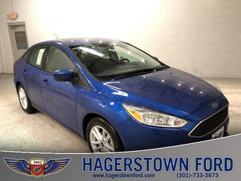 2018 Lightning Blue Metallic Ford Focus SE Automatic FWD Sedan