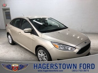 2018 Ford Focus SE FWD 4 Door Sedan I4 Engine Automatic