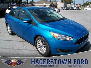 2016 Blue Ford Focus SE FWD 2.0L 4-Cylinder DGI DOHC Engine Sedan