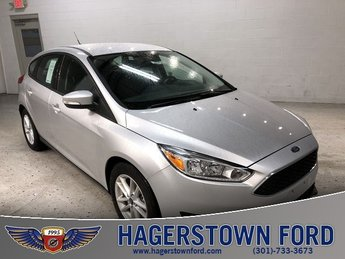 2018 Ingot Silver Metallic Ford Focus SE Automatic 4 Door FWD I4 Engine