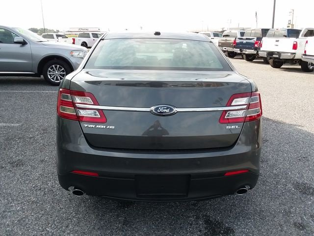 2016 Ford Taurus SEL Sedan Automatic 3.5L 6-Cylinder SMPI DOHC Engine FWD