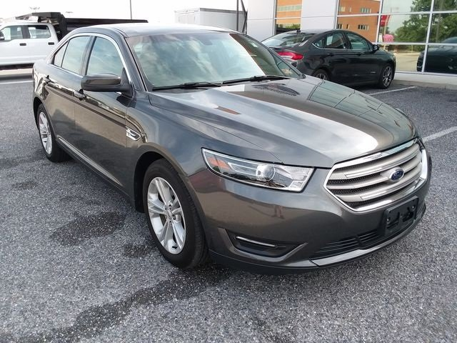 2016 Shadow Black Ford Taurus SEL FWD Automatic 4 Door 3.5L 6-Cylinder SMPI DOHC Engine