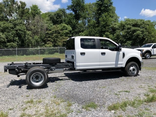 2018 Ford Super Duty F-350 DRW XL Truck Automatic 6.2L V8 Engine 4 Door 4X4