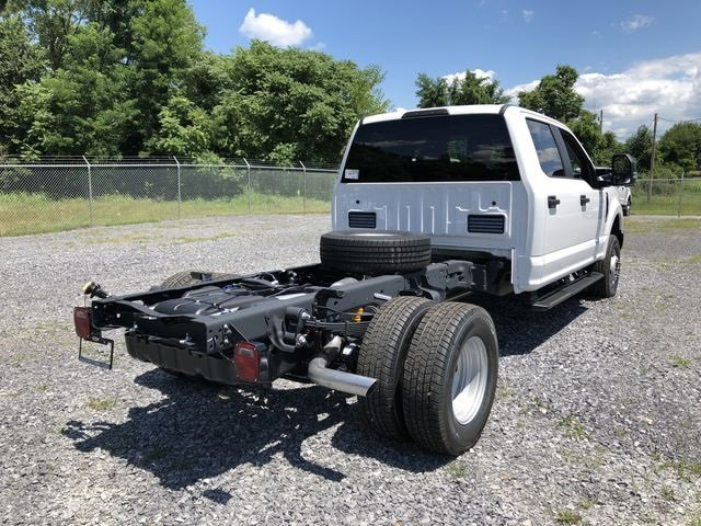 2018 Ford Super Duty F-350 DRW XL 6.2L V8 Engine 4 Door Automatic